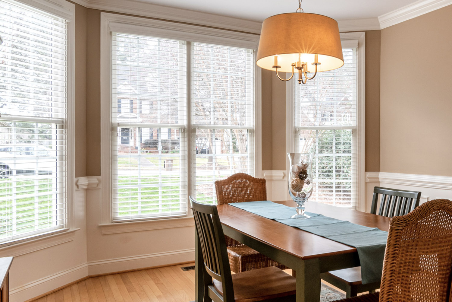 Double-Hung vs Single Hung Windows Omaha
